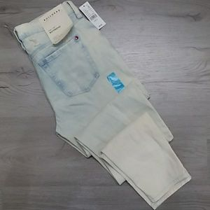 NEW With Tags Size 3 Bullhead Boyfriend Jeans